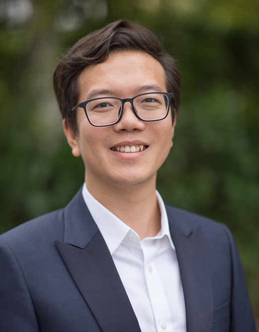 Yu Huang | Strategy & Management (France)